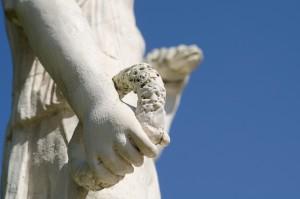 Figur im Park der Villa Borghese - © Thomas Michael Glaw